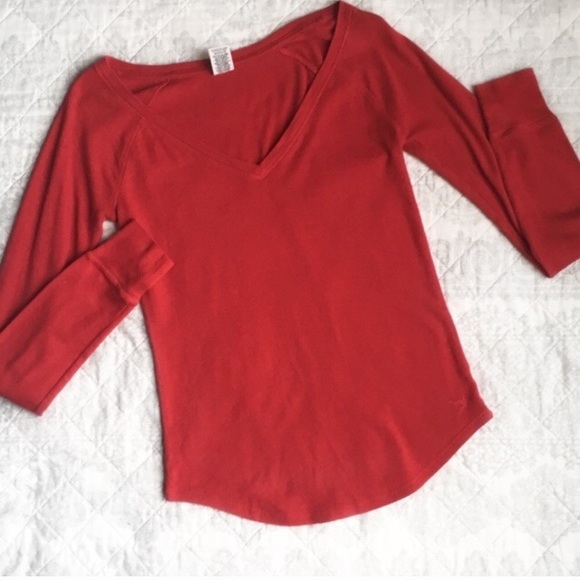 PINK Victoria's Secret Other - PINK by Victoria's Secret Red Thermal Top